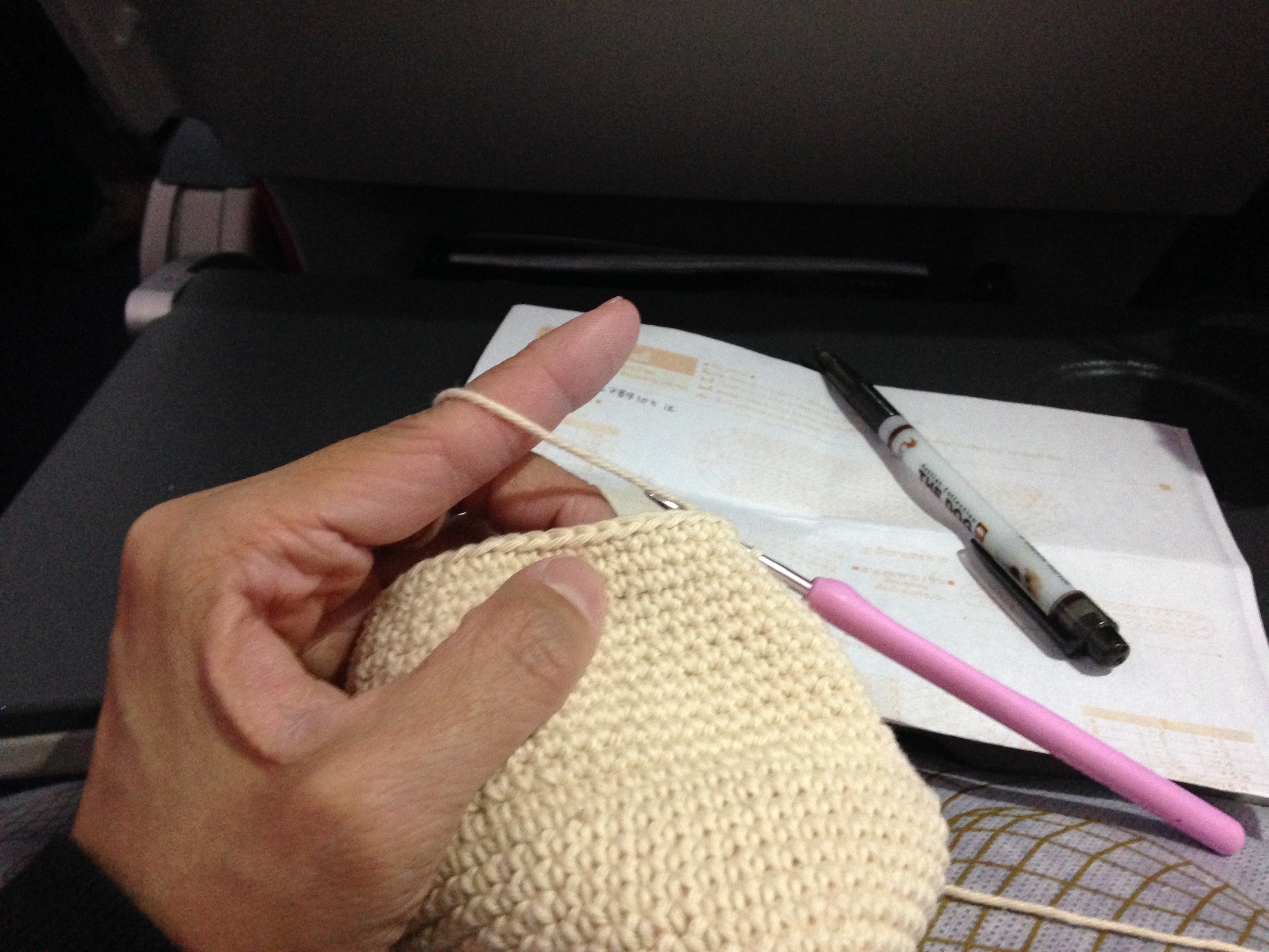 Crochet_on_the_plane